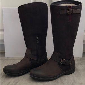UGG boots, suede brown,